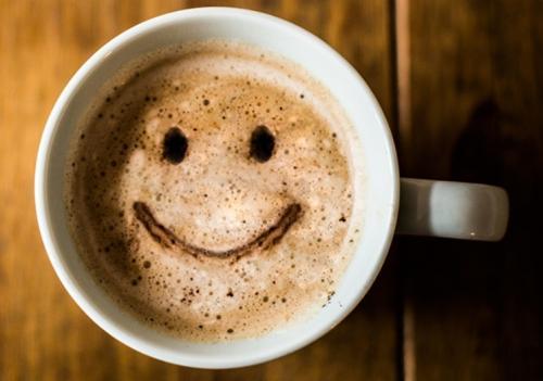 Кофе способствует отекам. Почему после кофе хочется в туалет: мочегонный и слабительный эффект