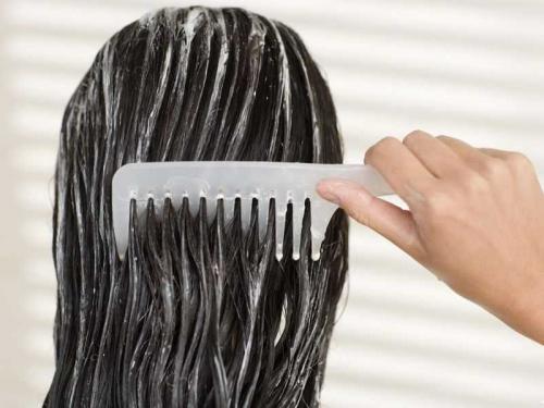 Кокосовое масло для роста волос. Как правильно наносить маски?