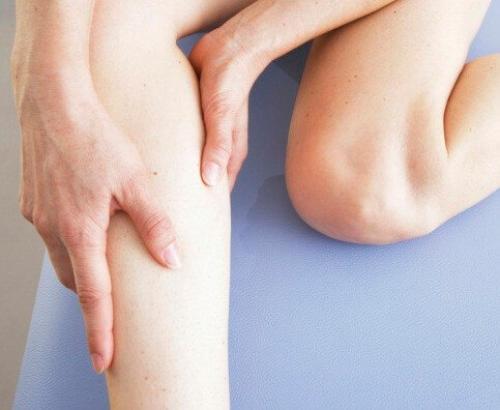 Слабость и боль в коленях. По какой причине появляется слабость в коленях?