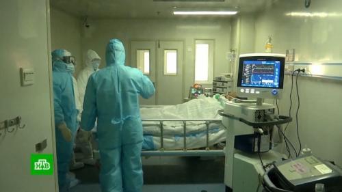 Китайский врач рассказал, как распознать коронавирус. Отличить коронавирус от гриппа или ОРВИ практически невозможно, так как они имеют очень похожую симптоматику. Их главное отличие   в температуре тела, рассказал вирусолог Александр Лукашев.