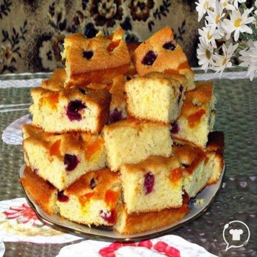 Пирог на МИНЕРАЛКЕ C фруктами.