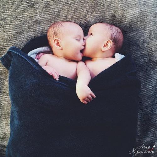 Сердце каждой мамы сеточка из шрамов. Сердце каждой мамы -.