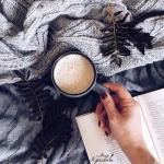 9 книг, которые стоит прочитать каждой женщине.