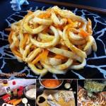 Кальмар по-корейски.  Это блюдо довольно простое и не требует каких то специальных корейских приправ, поэтому я с удовольствием делюсь им с вами.