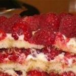"""Домашний торт """"Малиновое Счастье""""."""