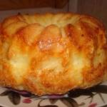 Бесподобный хлеб с сыром и чесноком.