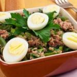 Салат с тунцом и стручковой фасолью!