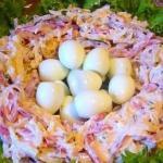 Топ - 5 вкусных салатов для праздничного стола.