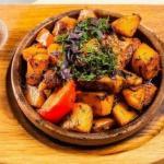 Оджахури - грузинское блюдо.