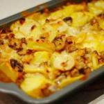 Картофель с шампиньонами в сметане.