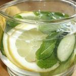 Напиток из огурца с лимоном для похудения.
